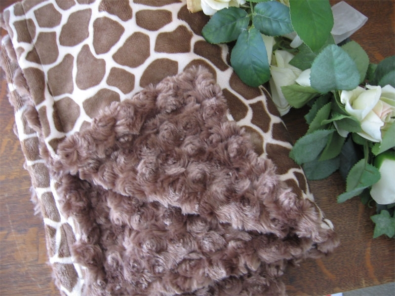 Minky Giraffe Baby Cuddle Blanket With Personalized Embroidery