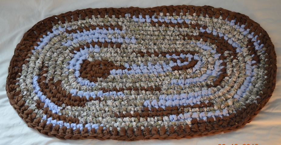 Free Crochet Pattern For Oval Rag Rug : Crocheted Rag Rug - Oval 22 by Jhaast Diverse Designs