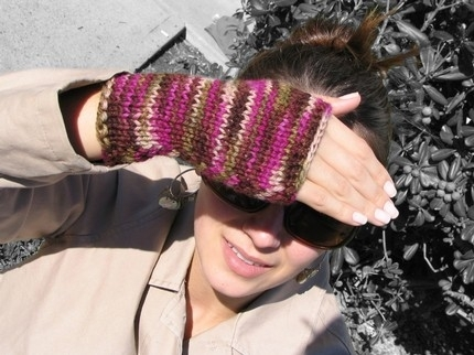 7 Free Knitting Patterns for Fingerless Gloves and Other