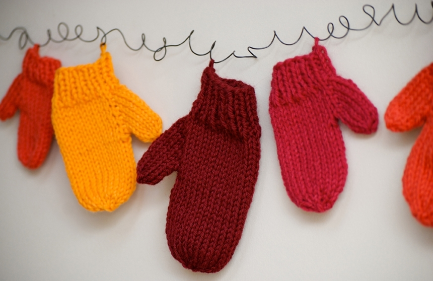 Knitting Pattern For Small Mittens : Mini Mittens Pattern by the pompom, Tutorials / Patterns