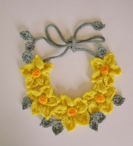Crochet Yellow Flower Pattern : PDF Pattern Freeform Crochet necklace Yellow flowers by ...