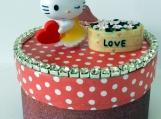 Miniature Kitty Figurine, Paper Mache Box, Trinket Box, Small Bx