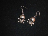 Pair of skull earrings / silver skull earrings / pair of silver skulls earrings / nickel free earrings