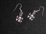 pair of small skull earrings / silver skull earrings / skeleton head earrings / skull skelton earrings / silver earrings