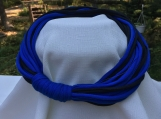 T-shirt loop necklace - blue & black