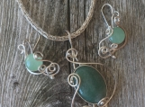 Filigree Set with Green Aventurine