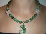 Fashionable crysoprase gemstone necklace with leather components