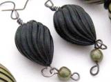 Handmade Earrings Retro Carved Black and Avocado