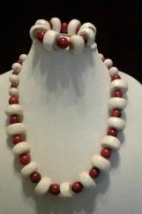 Red & Cream Beaded Necklace/Bracelet