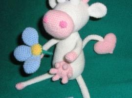 handmade knitted cow, Yulia Sokolova