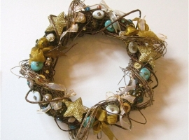 upcycled Christmas wreath